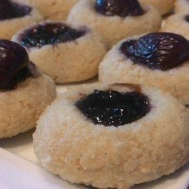 Biscotti morbidi alla mandorla con ciliegie (circa 20 pz)